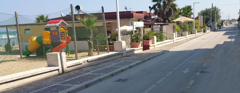 pista-ciclabile-appartamenti-lido-della-sirena
